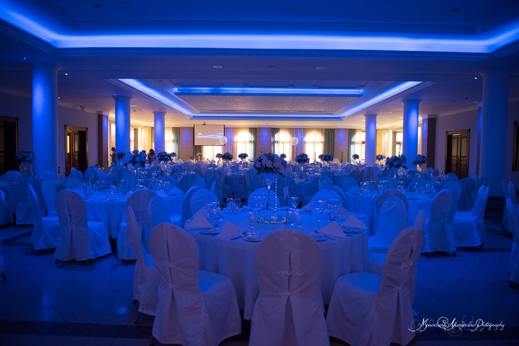 Wedding photography in Paphos - The restaurant at aliathon village